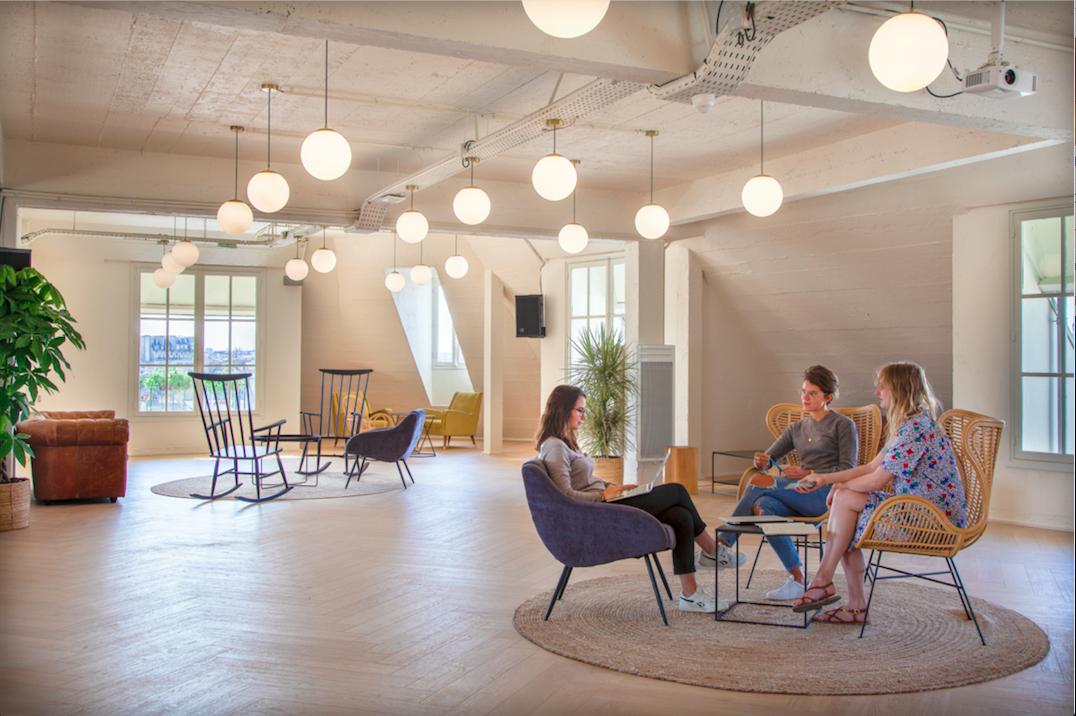 s minaire dans un espace de coworking blog genius meetings plateforme s minaire et v nements. Black Bedroom Furniture Sets. Home Design Ideas