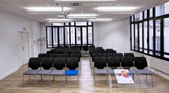 Organiser Un Séminaire Dans Une Salle Réunion En Théâtre De D'entreprise xrdeWBCo